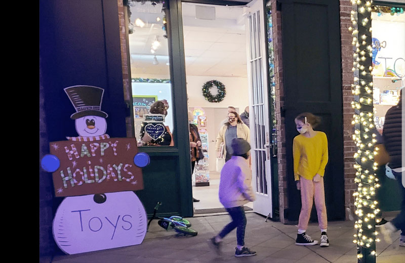BrainyZoo Toys opens second location in Sutter Street, Folsom.